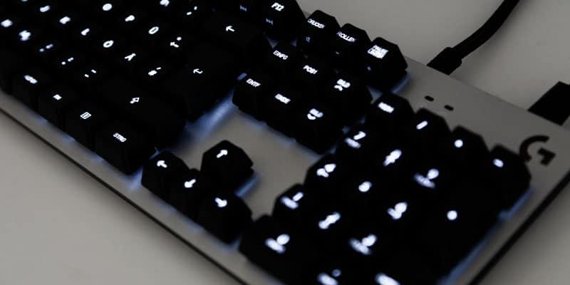 Logitech G413 Silver Tastatur